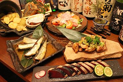 藁焼き鰹の炙りタタキコース お一人様2,500円(税込)