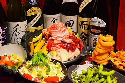 肉まみれ!!4種の肉盛り陶板焼きコース お一人様3,200円(税込)