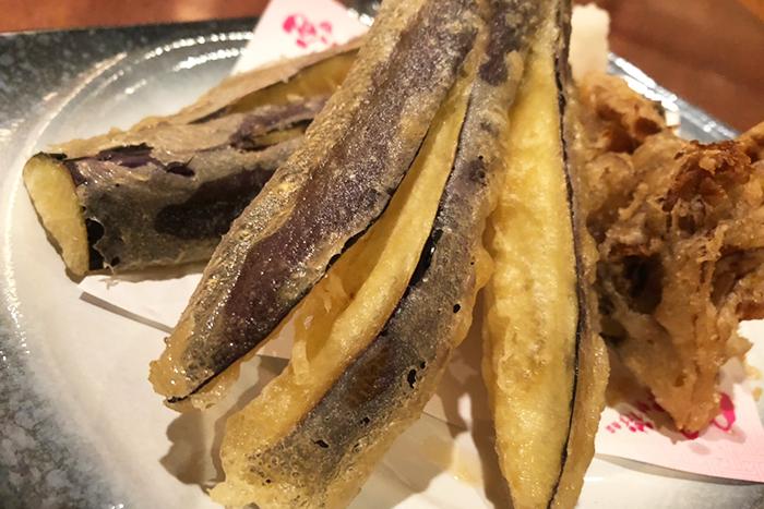 秋はお野菜も美味しい! 福知山の農家さんが作った旬のお野菜を天婦羅で提供します! 【季節の野菜の天婦羅盛合せ】 680円+税~