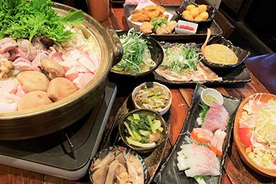 【金コース】-鶏鍋orモツ鍋-