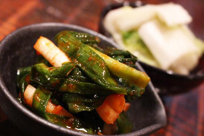 旬野菜の自家製キムチor自家製浅漬け 各350円+税 地元で採れた美味しい有機野菜をキムチや浅漬けにしました! 内容は日替わりで変わるので詳しくはスタッフまで★
